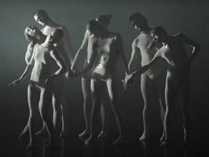 להקת המחול של שרון אייל וגיא בכר L-E-V